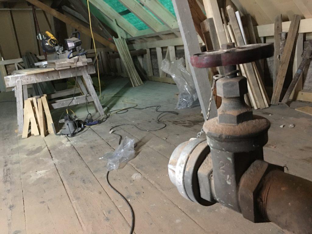 neuer Dachstuhl in der Zigarrenfabrik
