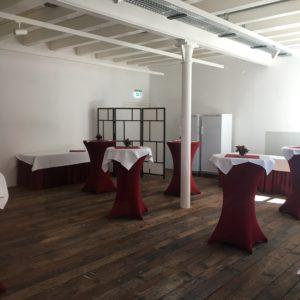 Tonofenfabrik Lahr - Eventraum 2 - neu eingebauter Massivholzboden aus Holz