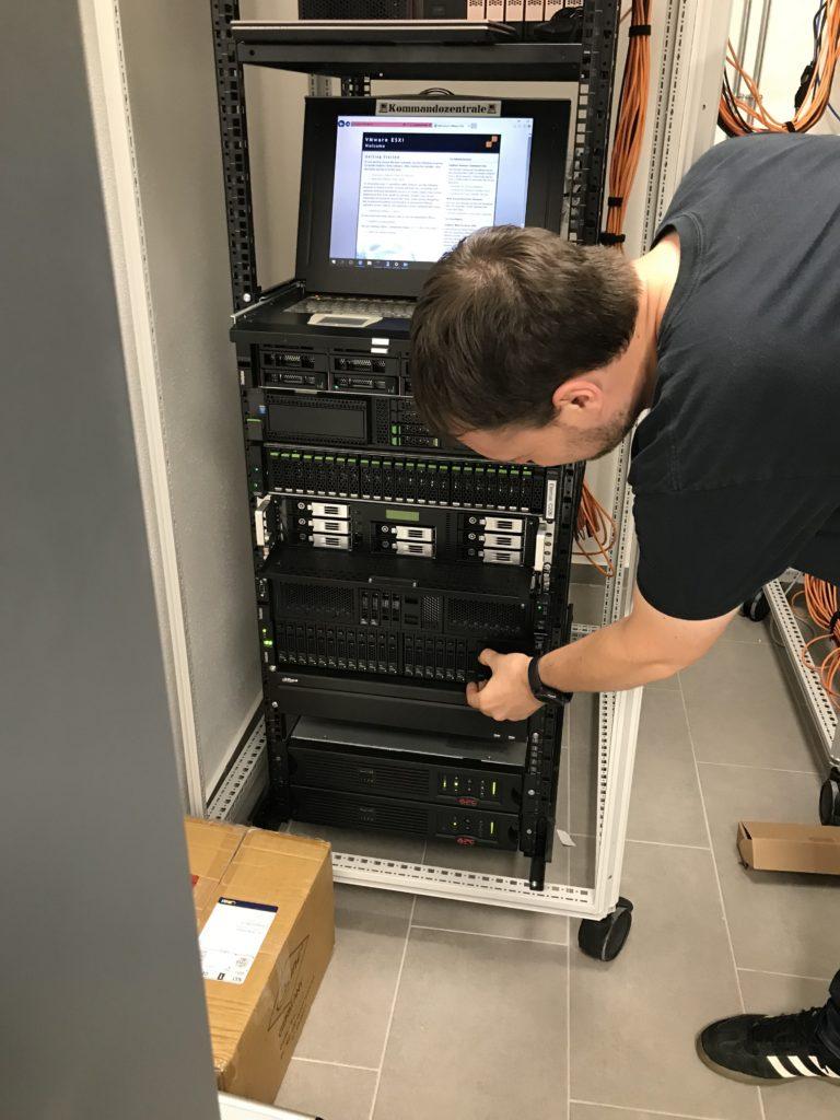 Server Farm von Himmelsbach Computer