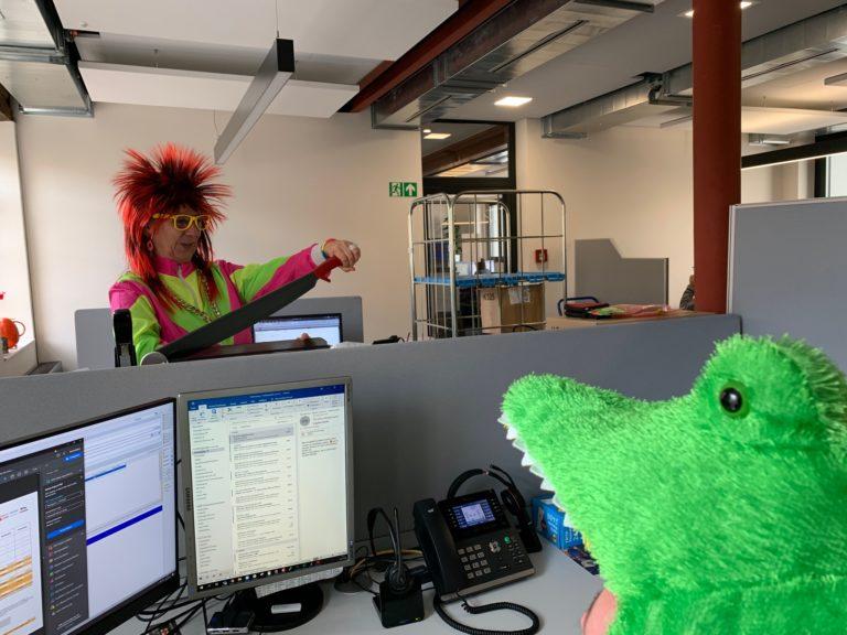 Unsere Mitarbeiter sind heute irgendwie etwas anders – zum Glück nur heute!