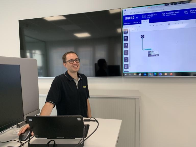 Erste Schulung in den neuen Büros – Thema: Umzug aller Server in die Cloud